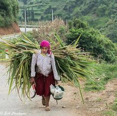 -c20180916-810_9878-2-2 (Erik Christensen242) Tags: málé hàgiang vietnam vn woman food street walk color