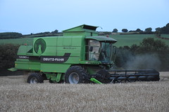 Deutz Fahr 5690 HTS Combine Harvester cutting Spring Barley (Shane Casey CK25) Tags: deutz fahr 5690 hts combine harvester cutting spring wheat sdf df green samedeutzfahr deutzfahr bartlemy grain harvest grain2018 grain18 harvest2018 harvest18 corn2018 corn crop tillage crops cereal cereals golden straw dust chaff county cork ireland irish farm farmer farming agri agriculture contractor field ground soil earth work working horse power horsepower hp pull pulling cut knife blade blades machine machinery collect collecting mähdrescher cosechadora moissonneusebatteuse kombajny zbożowe kombajn maaidorser mietitrebbia nikon d7200