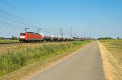DB Cargo 189 085, Angeren (Sander Brands) Tags: trein treni train treno trenuri trenuro traktion strecke siemens spotten shuttle sun sky br baureihe betuweroute rail railfanning güterzug nikon d7000 nederland uc unit cargo