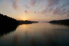 (docwiththecamera) Tags: sunset sun sea water cloud forest archipelago colors peaceful evening