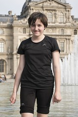 Louvre fountain fun (Marie Godliman) Tags: paris fountain louvre child play