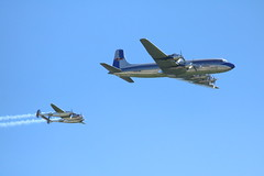 lLA Berlin 2018: Flying Bulls Douglas DC-6B OE-LDM und Lockheed P-38 Lightning N25Y (Helgoland01) Tags: airshow berlin brandenburg deutschland germany ila 2018 flyingbulls flugzeug aircraft aviation airplane plane