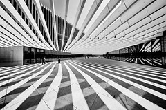 Lissabon Av 24 de Julho 1 bw (rainerneumann831) Tags: avenida24dejulho lisboa lissabon bw blackandwhite architektur linien gebäude ©rainerneumann