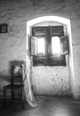 A vida sem nós I (Carla Robalo Martins) Tags: casa house abandono cadeira chair janela window pb bw portugal alentejo