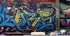 Oldenburg - (street: Melkbrink) 631st picture / Graffiti, street art (tusuwe.groeber) Tags: projekt project lovelycity graffiti germany deutschland lowersaxony oldenburg city streetart niedersachsen farbig farben favorit colourful colour sony sonyphotographing nex7 bunt red rot art gebäude building gelb grün green yellow konzept concept wall wand halloffame wandgestaltung lager lagerhalle hall halle melkbrink ares bmf crew