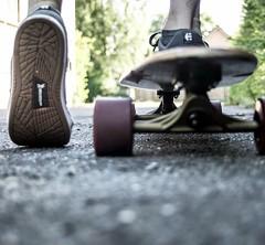 Keep on pushing (t.hei) Tags: longboard roll lowangel push skate skateboard sneakers turnschuh low angle froschperspektive rollen
