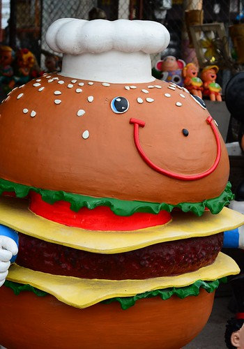 Chiang Mai burger  statue
