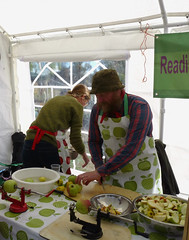 Challenge Friday, week 39, theme cut (1) - cutting up apples ready for the apple press (karenblakeman) Tags: readingtownmeal forburygardens reading uk 2018 september food localcommunities readingfoodgrowingnetwork rfgn apples challengefriday cf18 cut berkshire