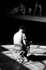 18.10-13 (analogish) Tags: 35mm 135film bw blackwhite classicalage glyptothek klassischesaltertum kodaktrix400 münchen munich reflectaproscan7200 schwarzweiss sculpture skulptur voigtländerbessar2a voigtländercolorheliar75mmf25m39