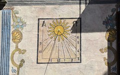 Reloj de sol en Graus (Aragón, España, 2-9-2018) (Juanje Orío) Tags: 2018 graus provinciadehuesca aragón españa espagne espanha espanya spain europa europe europeanunion unióneuropea reloj relojdesol sundial pintura