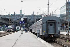Helsingfors station (in explore) (Michael Erhardsson) Tags: helsingfors helsinki finland 2017 station plattform