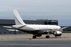 A319.LX-GVV (Airliners) Tags: globaljet globaljetluxembourg 319 a319 319acj a319acj acj acj319 airbus airbus319 airbusa319 319acjairbus corporate jet private iad lxgvv 101418
