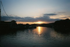 Sunset on the Floating Harbour - walking home the long way round (knautia) Tags: ssgreatbritain floatingharbour bristol england uk october 2018 film ishootfilm olympus xa2 olympusxa2 fuji superia 400iso nxa2roll89 sunset harbour docks sky reflection