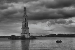 Kalyazin bell tower (Lyutik966) Tags: kalyazin belltower river volga reservoir water architecture monument religion christianity orthodoxy boat russia abigfave