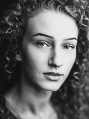 Kelsie Nicole (Lee Harland) Tags: beautiful canon5dmarkiv individuals leeharland model sacramento sacramentoca bella blonde canon curlyblonde curlyhair fashion portrait