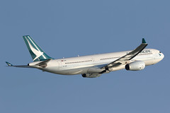B-LAD, Airbus A330-300, Cathay Pacific, Hong Kong (ColinParker777) Tags: blad airbus a330 333 a330300 330300 airplane aircraft airliner aeroplane air flying flight aviation fly departure takeoff cathay pacific cx cpa airlines airline airways hong kong hkg hk vhhh chek lap kok airport spotting hksar canon 7d2 7dmk2 7dmkii 7dii 200400 l lens zoom telephoto pro