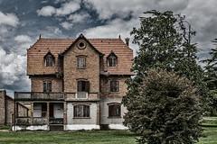 House of the pigeons (tom22_allgaeu) Tags: caorle europa italien brian italy italia it adria verlassen clouds haus tauben nikon d7200 tamron topaz old