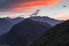 Tramonto sui monti (cesco.pb) Tags: valtellina tramonto sunset lombardia lombardy italia italy ardenno canon canoneos60d tamronsp1750mmf28xrdiiivcld montagna mountains