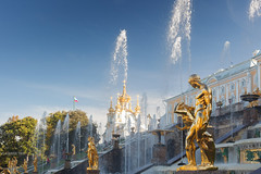 Sculptures And Fountains (VladimirTro) Tags: россия архитектура фотография фото фонтан скульптура дворец петергоф небо золото russia russian reflection saintpetersburg sky sculpture monument canon colour cityscape city colourful fountain outdoor eos dslr 50mm water garden gold golden peterhof statue
