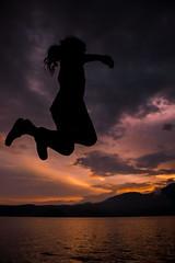 El arte de ser niños. . . . (marhum10) Tags: photosflickr photonew newpicture photoshop canon leydelhorizonte atardecer sunset simetria ligthroom