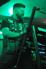 Glass Apple Bonzai at House of Targ (Andrew Carver) Tags: glassapplebonsai houseoftarg nationalcapitalrock natcaprock live show music band switched synths glassapplebonzai