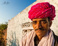 The man from Barna (Jodhpur, India 2015) (Alex Stoen) Tags: 1dx alexstoen alexstoenphotography canon canoneos1dx geotagged india jodhpur travel vacation
