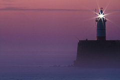 pink lighthouse ! (photoautomotive) Tags: newhaven eastsussex england uk europe sussex sky sea sunrise lighthouse light breakwater rocks pier port fishing fisherman rods clouds pink fog mist misty water waves longexposure canon 7d 35350l