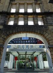 Vecchio e nuovo a Bilbao (fotomie2009) Tags: architecture architettura bilbo bilbao biscaia bizkaia vizcaya pays vascos viscaia spain spagna espana paesi baschi biscaglia metropole metropolitan isozaki palestra gimnasio gym fitness gymnasium centre