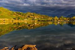 Magie d'automne (Savoie 09/2018) (gerardcarron) Tags: 1022 automne canon80d ciel cloud eau lac lacstandré landscape morning nature nuages