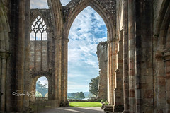 SJ1_2442 - The Priory ruins at Bolton Abbey (SWJuk) Tags: skipton england unitedkingdom swjuk uk gb britain yorkshire northyorkshire boltonabbey prioryruins architecture historic light sunlight building sky skies bluesky clouds 2018 oct2018 autumn nikon d7200 nikond7200 nikkor1755mmf28 rawnef lightroomclassiccc