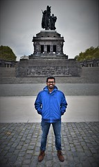With Babu in Koblenz (roomman) Tags: 2018 germany rheinland pfalz rheinlandpfalz untermosel rhein mosel koblenz winningen sightseeing weekend nikon fullframe frame full quality high babu poortrait man guy person face deutsches ecke deutschedeck monument triangle old smile smiling