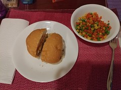 19Sep18 Dinner for one. Homemade burger with a medley of carrots, corn and peas. I've been trying to make sure and have veggies every day even if sometimes it's a bit weird / unexciting. #dinnerforone #2018pad #latergram #cooking (FlitterG) Tags: ifttt instagram