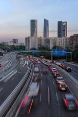 4 Torres desde la M30 (PabloJAG) Tags: madrid torres m30 vertical fotografia urbana hdr españa canon 1200d