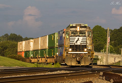 Golden GP60 (travisnewman100) Tags: norfolk southern ns freight intermodal g95 train railroad rr austell georgia division atlanta terminal district emd gp60 locomotive