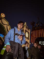 Menschen auf der Wiesn - People on the Oktoberfest 2018 Munich (184).jpg (Ralphs Images) Tags: streetphotography moods mft menschen olympuszuikolenses ralph´simages stimmungen panasoniclumixg9