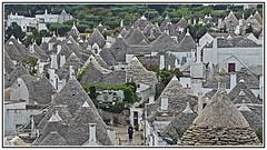Travel - Alberobello - Italy Fascinating Building - Interesting History. (Bill E2011) Tags: italyalberobello village structure building design history