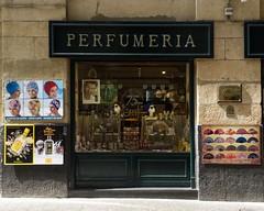 Perfumeria Matilla (MoniqueDK) Tags: roadtrip spain paísvasco baskenland perfumeria euskadi sansebastian donostia nostalgic vintage retro nostalgisch