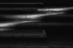 Luz gradas (RoryO'Bryen) Tags: luz gradas steps shadows bogotá roryobryen colombia colombie light black noir film panf ilfordpanf50 leicam3 manual focus copyrightroryobryen calle