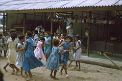 BD_171_710b (Stichting Papua Erfgoed) Tags: manokwari koninginnedag stichtingpapuaerfgoed pace kinderspelen papuaheritagefoundation nederlandsnieuwguinea papua irianjaya irianbarat anthonyvankampen
