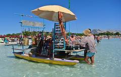 Bancarella d'estate - Summer stall (Ola55) Tags: ola55 italy sardegna mare sea estate summer sole sun spiaggia beach sand sabbia people gente bancarella stall italians