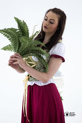 Aisling-IMG_0080 (GolderPhotography) Tags: peasantdress leaves fernsbasket greekcolumns barefooted