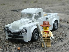 Go outdoors they said (captain_joe) Tags: toy spielzeug 365toyproject lego minifigure minifig moc car auto johnnid chevrolet chevy pickup 1949 advance