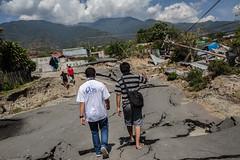 Ein Caritas-Team von CRS ist vor Ort, um die Schäden zu erfassen (Caritas international) Tags: katastrophe seebebentsunami erdbeben zerstörung palu indonesien idn