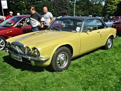843 Daimler Sovereign (Ser.II) 4.2 Coupe (1975) (robertknight16) Tags: daimler british 1970s bl sovereign xj6 himley rcm260k
