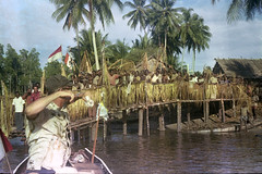 Album1-46-003b (Stichting Papua Erfgoed) Tags: mimika kamoro stichtingpapuaerfgoed pace nederlandsnieuwguinea papua irianjaya irianbarat