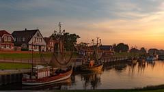Kutterhafen Greetsiel.jpg (Knipser31405) Tags: 2018 krummhörn sonnenaufgang sunrise niedersachsen greetsiel nordsee frühjahr deutschland de