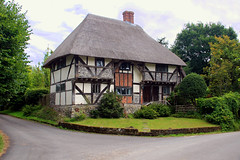 The Yeoman's House, Bignor (iwys) Tags: medieval house thatched roof timbered hall bignor sussex architecture beautiful old english england most rural bucolic village wealden timberframed casement windows listed building cottage