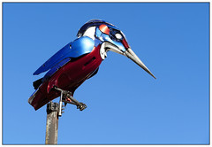 Kingfisher (donbyatt) Tags: sculptures art rocla recycled redhousepark miltonkeynes installations streetart urban