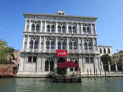 Palazzo Vendramin Calergi (aujourd'hui Casino de Venise) où est mort Richard Wagner le 13 février 1883, Venise (Yvette G.) Tags: venise italie venezia casino palazzo palais palazzovendramincalergi richardwagner grandcanal architecture demeuredelesprit