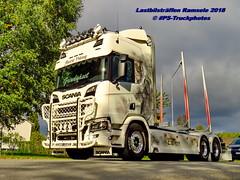 IMG_1730 LBT_Ramsele_2018 pstruckphotos (PS-Truckphotos #pstruckphotos) Tags: pstruckphotos pstruckphotos2018 lastbilsträffen lastbilsträffenramsele2018 lastbilstraffen lastbilstraffense ramsele truckmeet truckshow sweden sverige schweden truckpics truckphoto truckspotting truckspotter lastbil lastwagen lkw truck scania volvotrucks mercedesbenz lkwfotos holztransport timber timbertruck kurzholz langholz truckphotos truckkphotography truckphotographer lastwagenbilder lastwagenfotos berthons lbtramsele lastbilstraffenramsele lastbilsträffenramsele timbertransport r truckfotos truckspttinf truckphotography lkwfotografie lkwpics lorry auto woodtruck